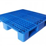 three-runner pallet mould2