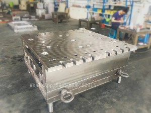plastic injection molded industrial pallets mould for warehouse